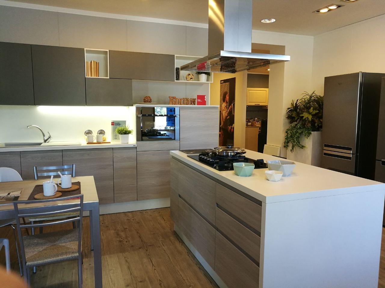 MOTUS Cucina Scavoliniin offerta per arredamento a Modena Maranello ...